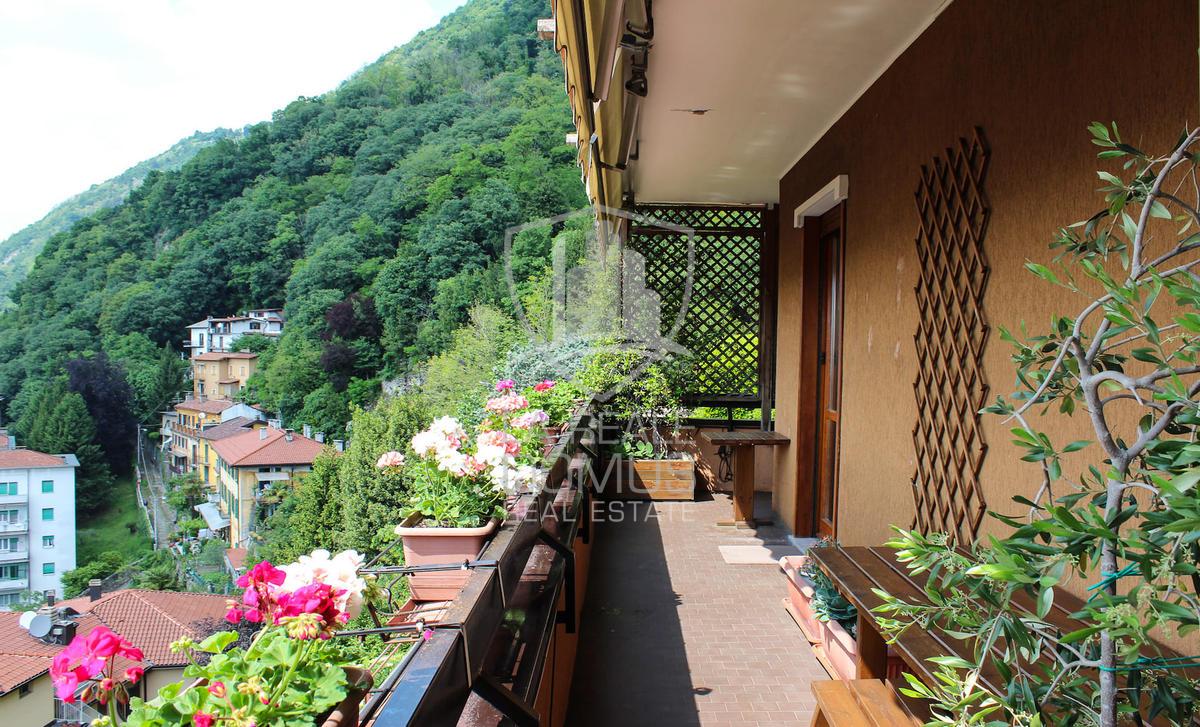 Signorile appartamento con vista panoramica