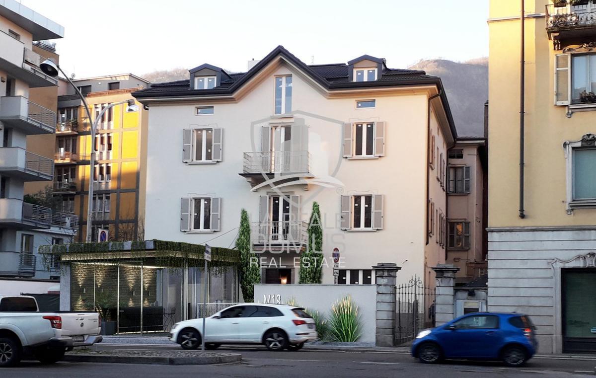 Appartamento con terrazzo adiacente mura