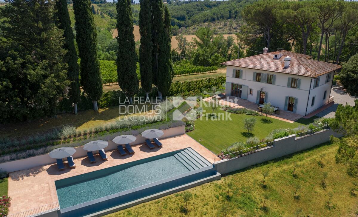 Splendid villa in the Chianti hills